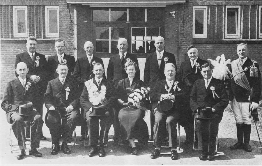Koningspaar F. Burkhard - Van Valburg Jubileumjaar 1955